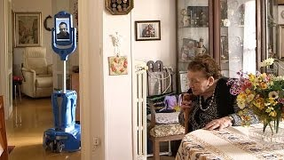 Nonna Lea and a robot called Mr. Robin