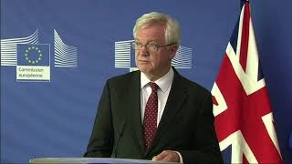 #Brexit: Davis says financial settlement must be linked to future partnership with EU